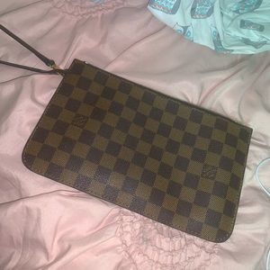 Louis Vuitton Neverfull MM Damier Ebene Pochette